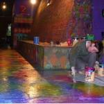 Llenando de color los pisos de Barrilete.