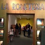 La Bonetería (Centro Cultural Borges, 2014).